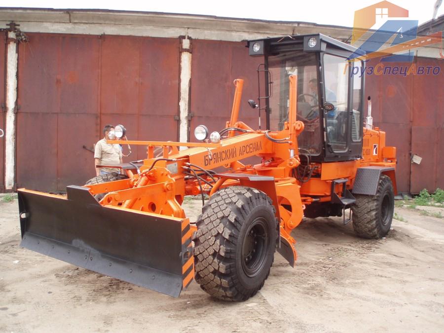BELARUS-820: Минский тракторный завод